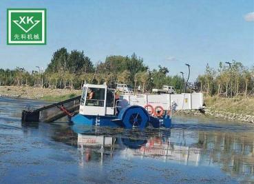 异型割草船